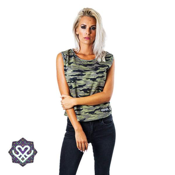 Essential Camo Style - woman