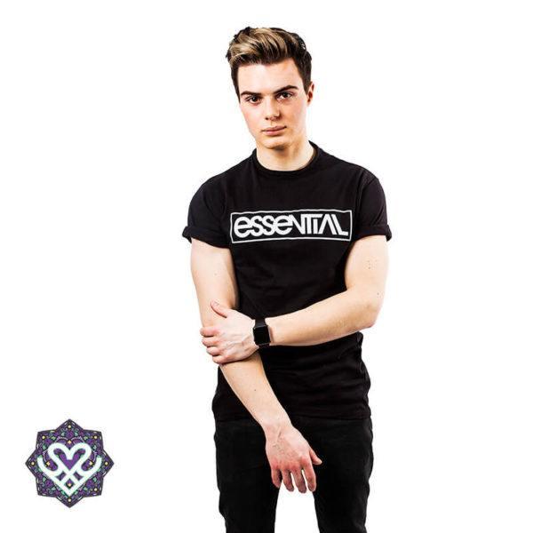 Essential Chest Logo - zwart