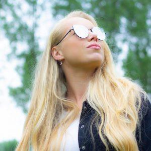 Zilvere zonnebril vrouw
