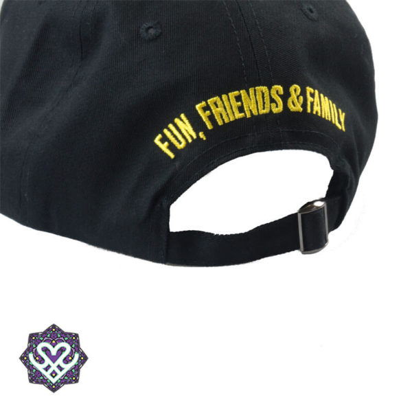 Essential trucker cap 'Fun, Friends & Family'