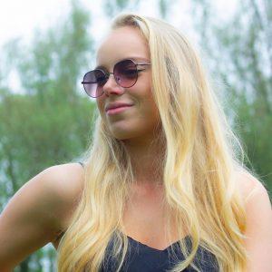 vrouwelijke zonnebril